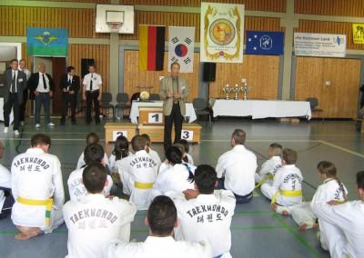 Grßmeister Lee Bum-I 9.Dan Trainerunterweisung
