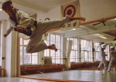 Thwio Yop Chagi 1995